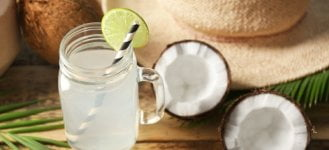 7 REASONS WHY WE SHOULD DRINK COCONUT WATER EVERYDAY - COCONUT DRINK